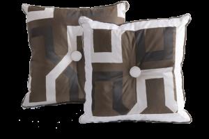 Esclusivo cuscino arredo Ondina Jimi Wengè | BROCHIER