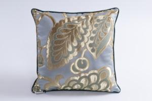 Designer cushion Anita Leonida Balena | BROCHIER e-shop